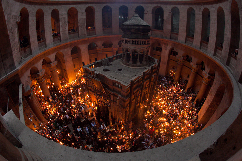 Holy Week 2011. Holy Fire. Orthodox Easter in the Holy Sepulcher